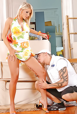 Blonde Tiffany Rousso doing footjob